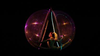 """""""Шоуто трябва да продължи"""" - бляскавият спектакъл на цирк """"Балкански"""" (снимки)"""