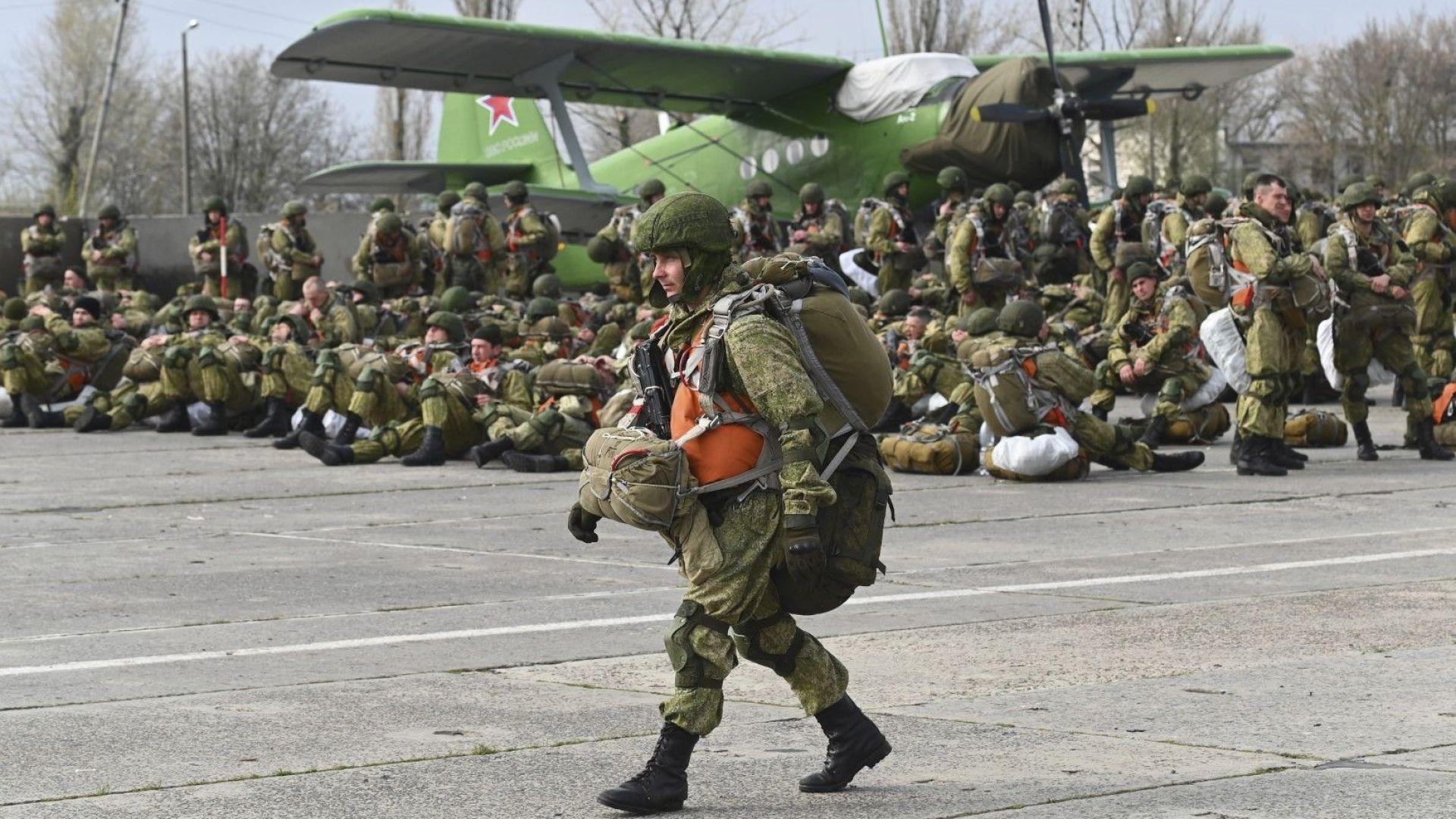 Русия нареди на войниците си да започнат да се връщат в базите си след учения