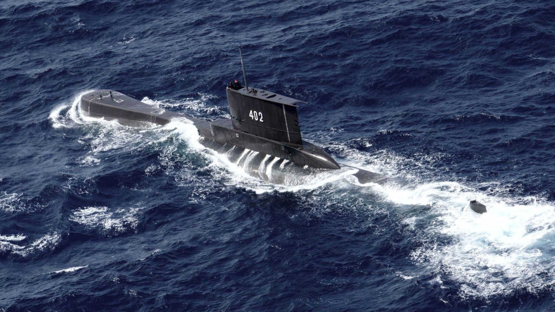 Комуникацията е загубена, след като екипажът е получил разрешение за гмуркане