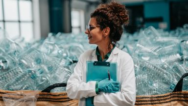 Произвеждат заместител на пластмасата от безоотпадни продукти