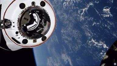 Още един милиардер се отправя към Космоса с капсулата на Мъск