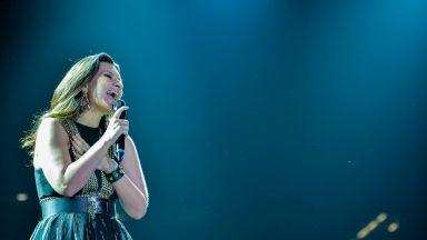 """Лаура Паузини е готова да пее на церемонията за наградите """"Оскар"""""""