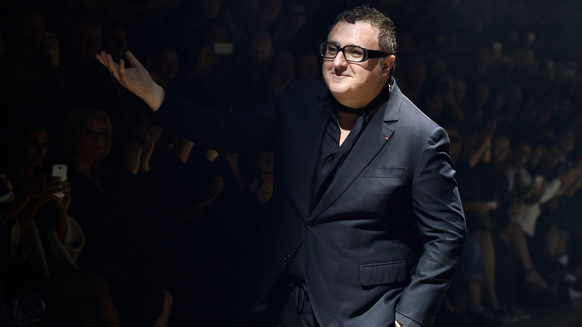 На 59 години почина модният дизайнер Албер Елбаз