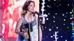 """Вижте кой триумфира на наградите Полет в Изкуството 2021 на """"Стоян Камбарев"""""""