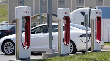 Биткойните и екологичните кредити изстреляха нагоре печалбата на Tesla