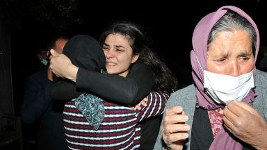 Съдът освободи туркиня, застреляла съпруга си след години на насилие (видео)