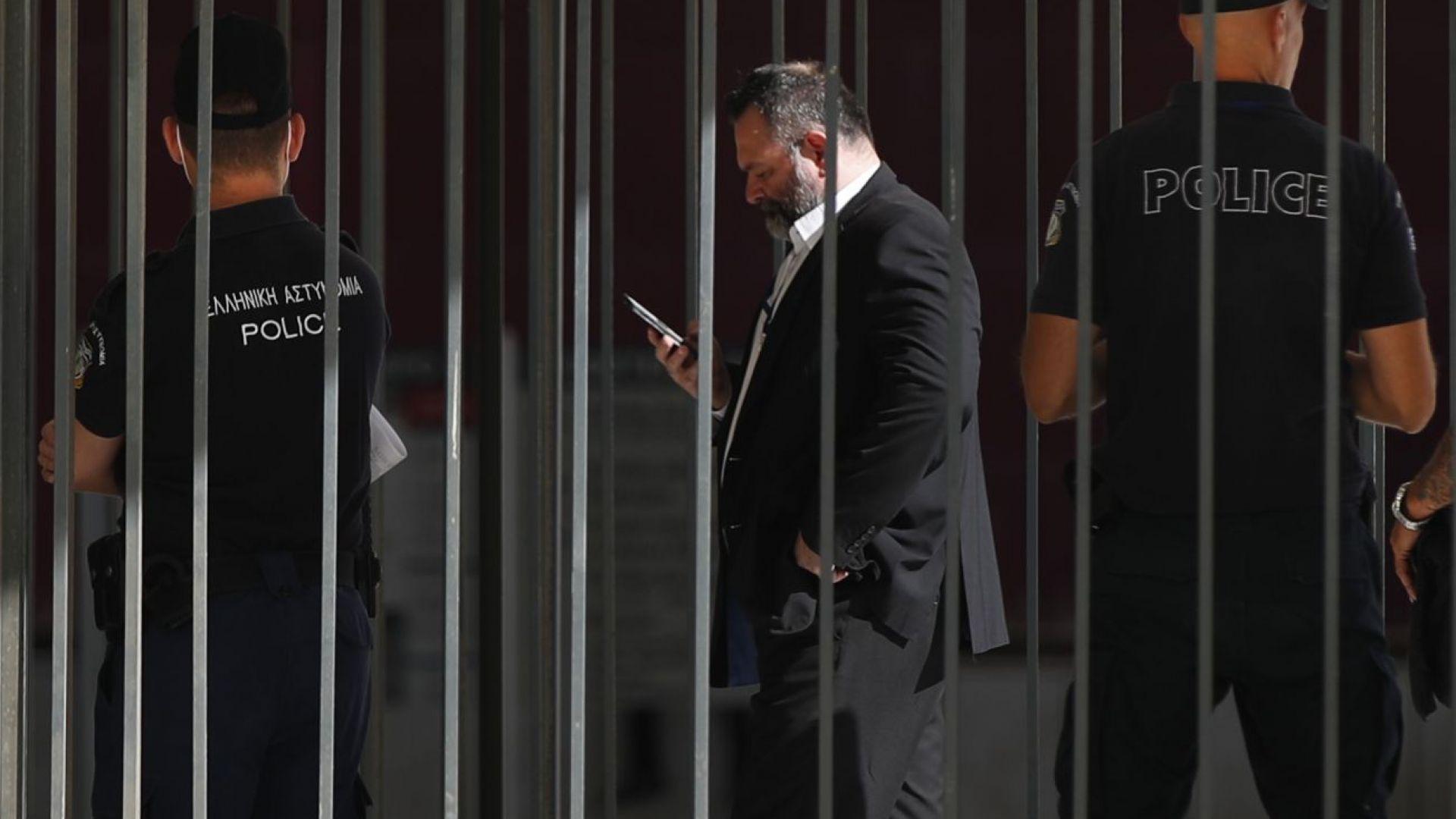 Полицията в Брюксел арестува скандален гръцки евродепутат