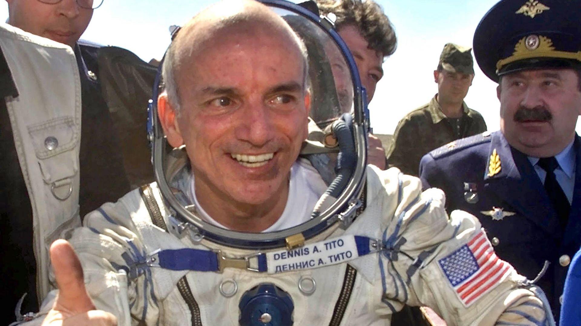 На 28 април преди 20 г. милионерът Денис Тито става първият космически турист