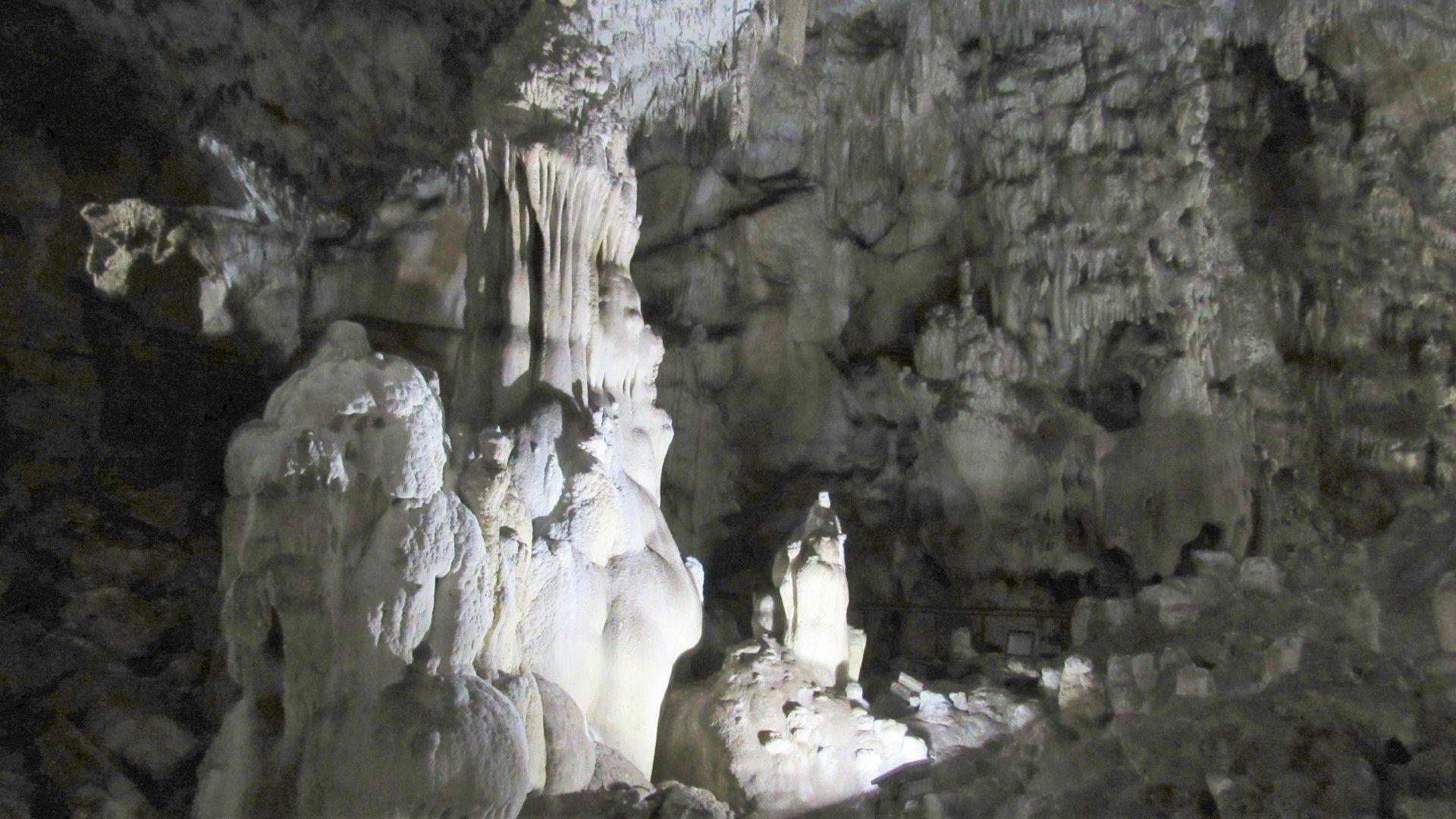 Пещера Добростански бисер край Асеновград отваря за посещение
