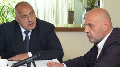 Томислав Дончев е и.д. премиер заради болничния на Бойко Борисов