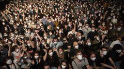 Експерименталният концерт с 5000 души в Барселона даде обещаващи резултати