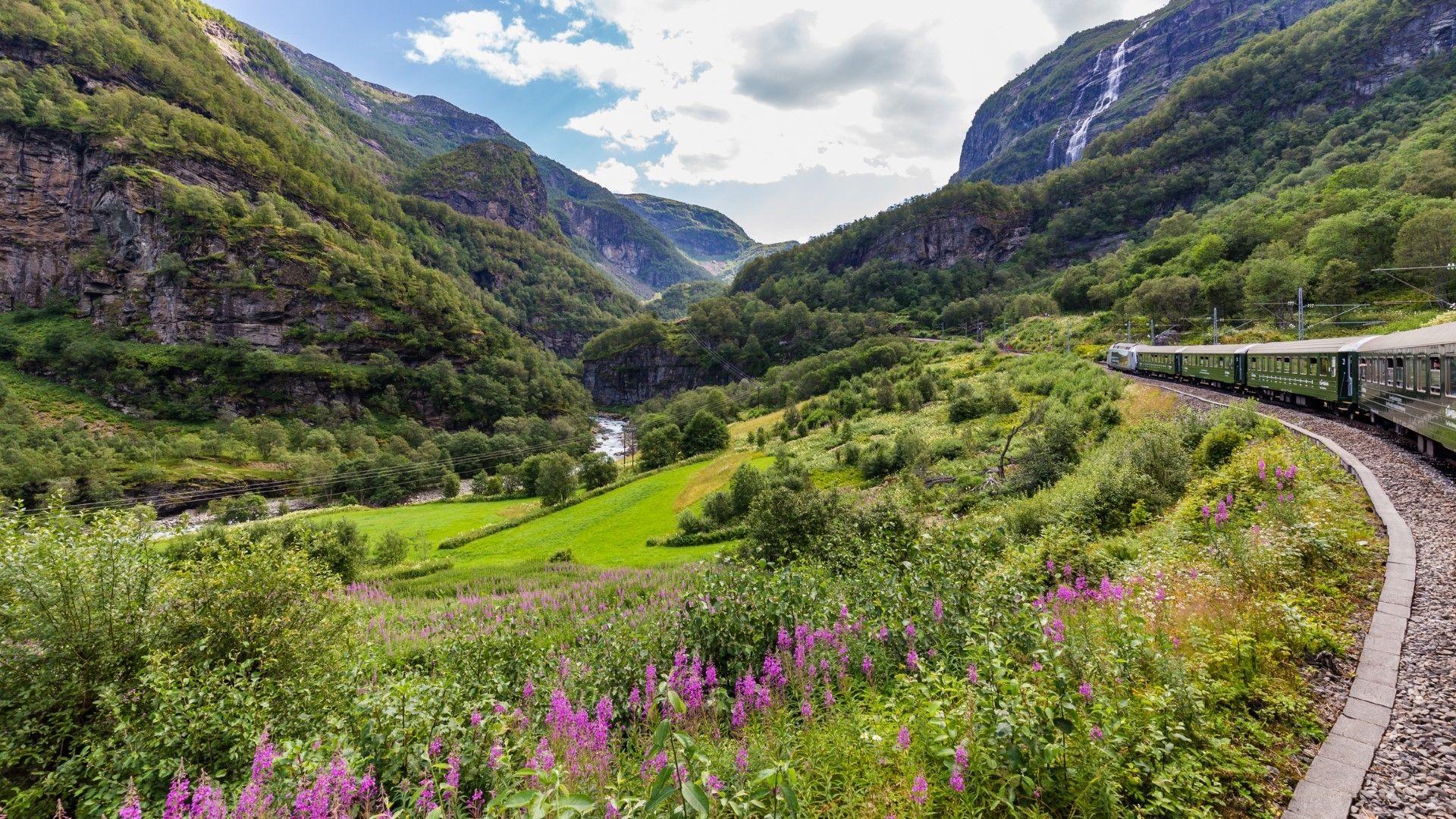 Влакът Флам в Норвегия