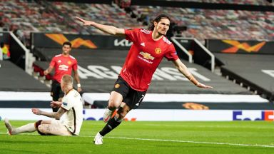 Обрат и пет гола за полувреме отвориха вратите към финала пред Юнайтед