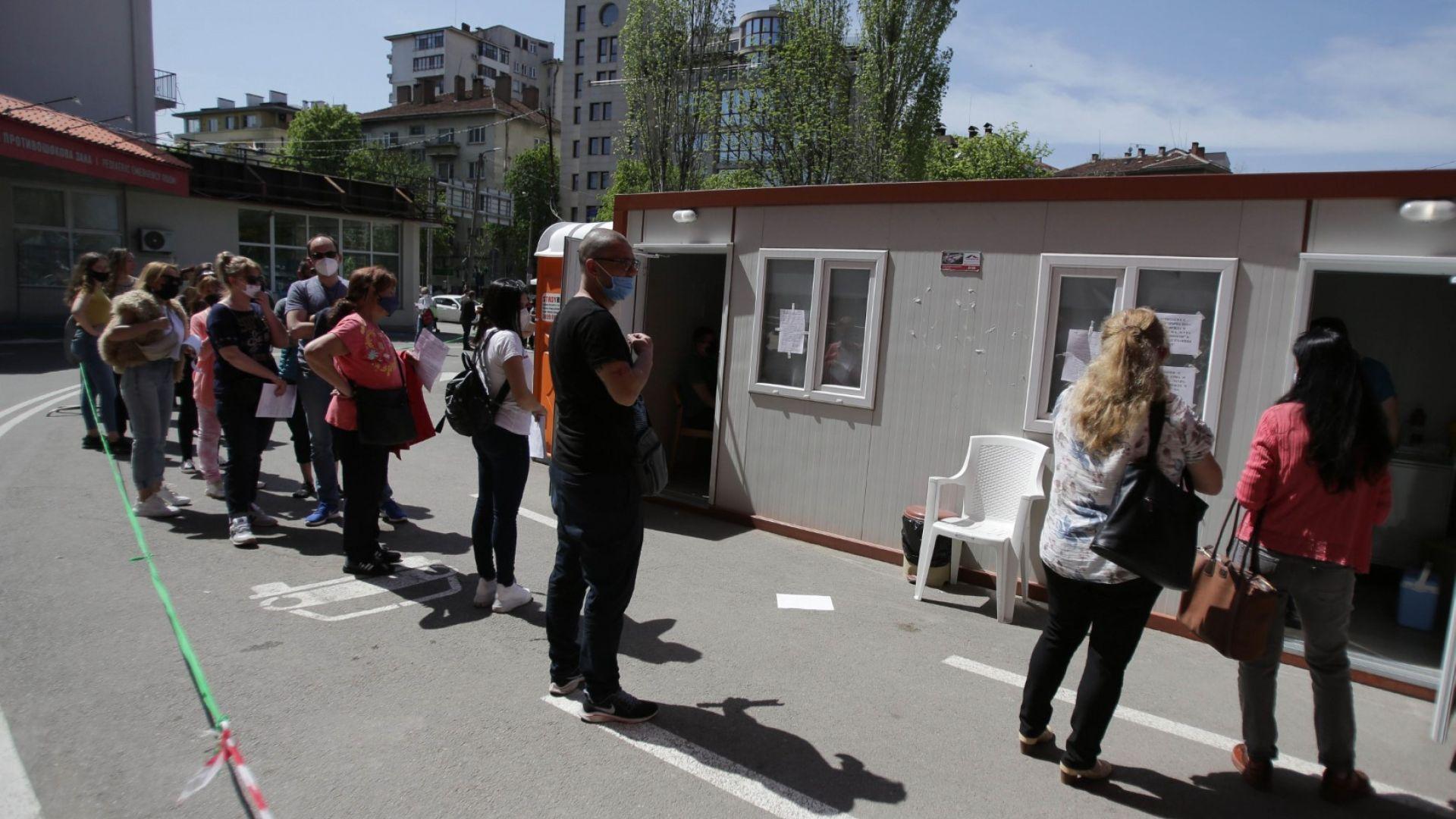 """Министър Кацаров коригира заповедта си за """"зелените коридори"""""""