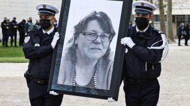 Френският премиер: Радикалните ислямисти водят война срещу Франция