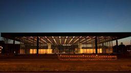 Новата национална галерия в Берлин отново отваря врати