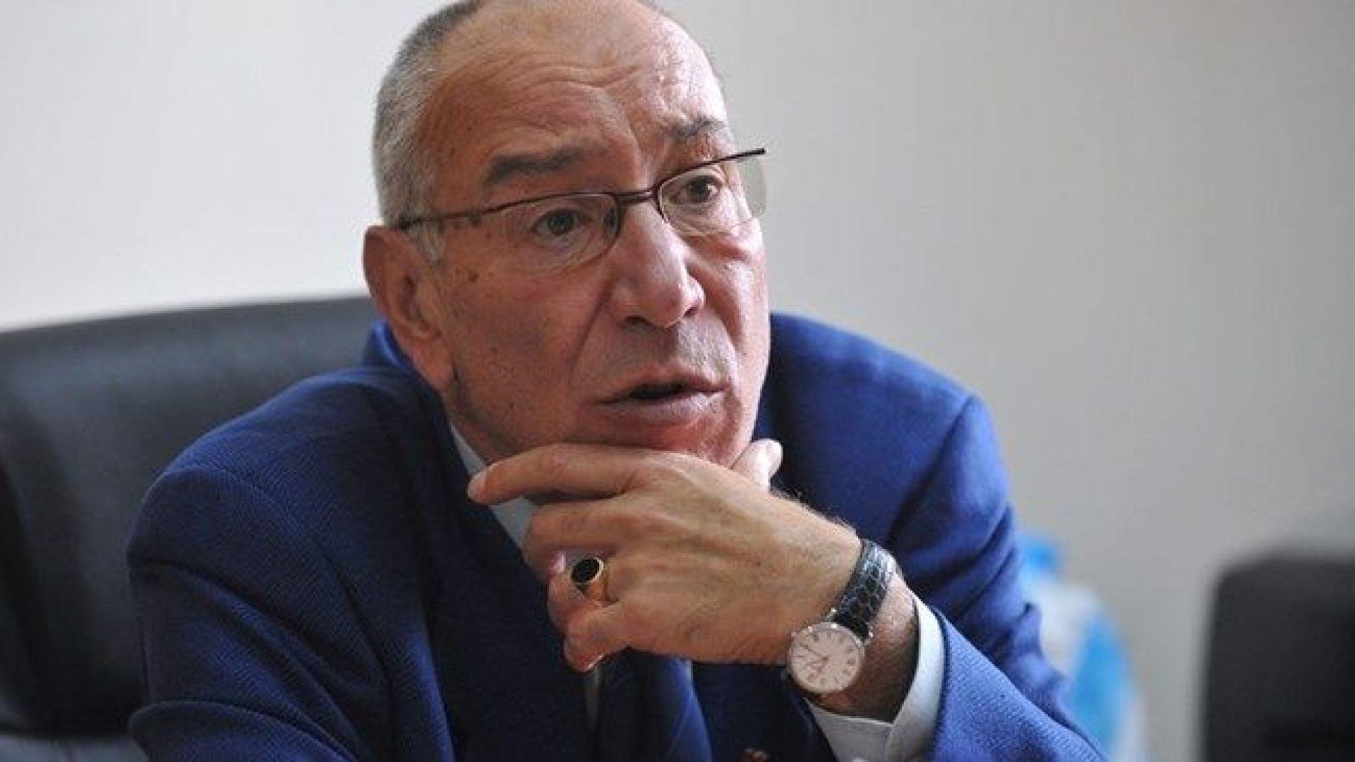 Проф. Дончо Хрусанов и съпругата му са загинали в катастрофа