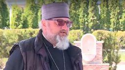 Отец Марио Йонов - първият болничен свещеник у нас, който се бори за живота