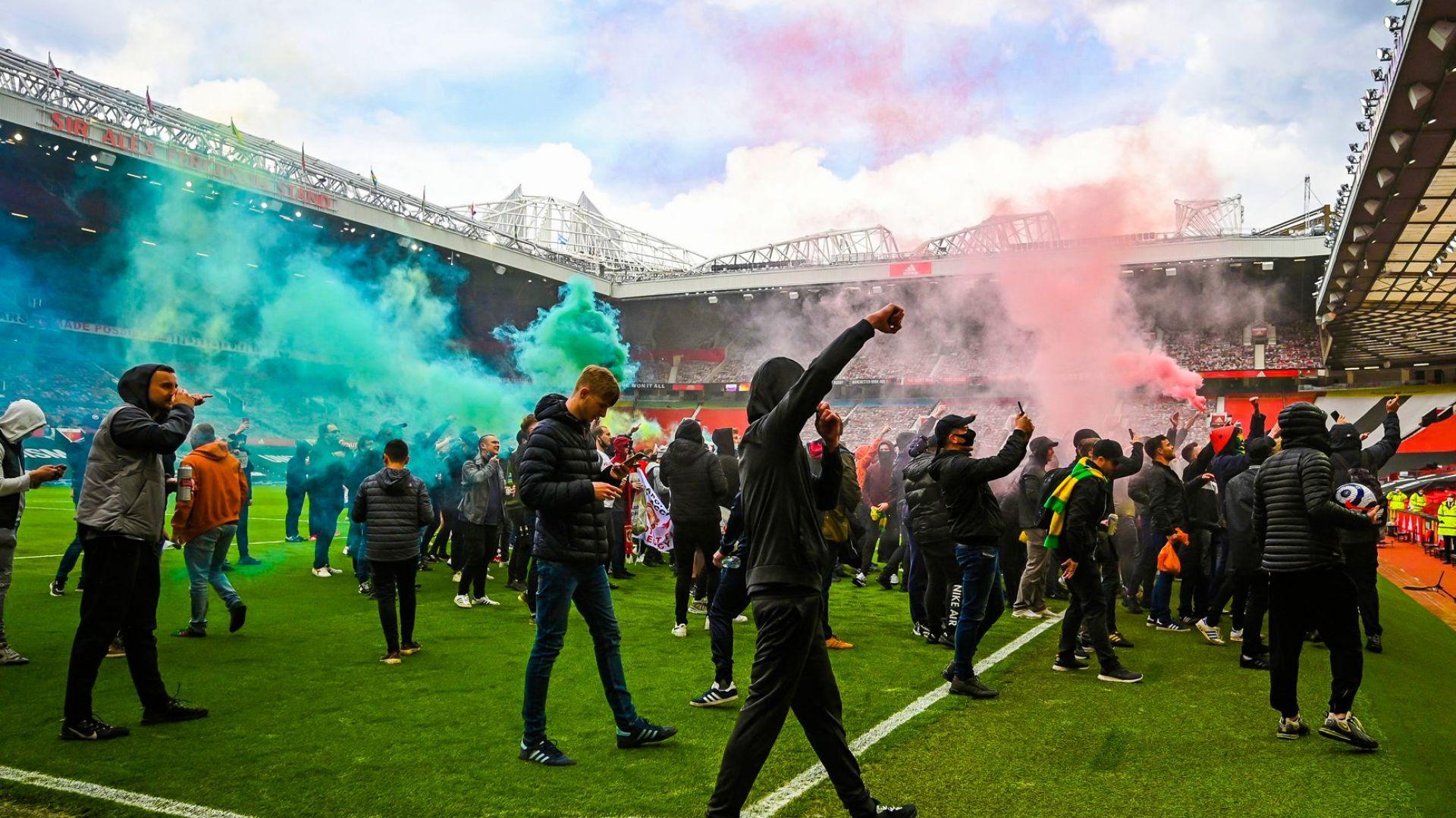 Полски хулигани нападат фенове на Манчестър Юнайтед преди финала