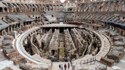В Колизеума поставят нова арена, от която да се вижда величието на паметника (галерия)