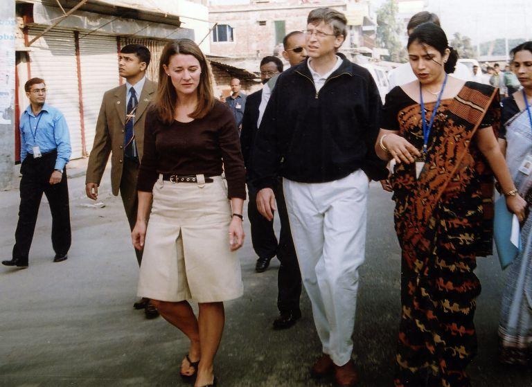 Бил и Мелинда Гейтс през декември 2005 година, Бангладеш