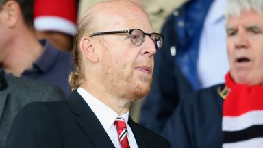 Собственикът на Юнайтед Аврам Глейзър отказа да се извини на феновете