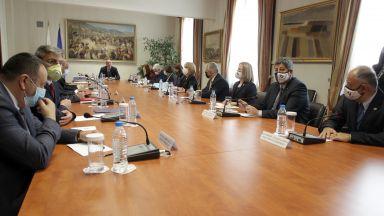 Президентът свиква нови консултации с партиите за шеф на ЦИК