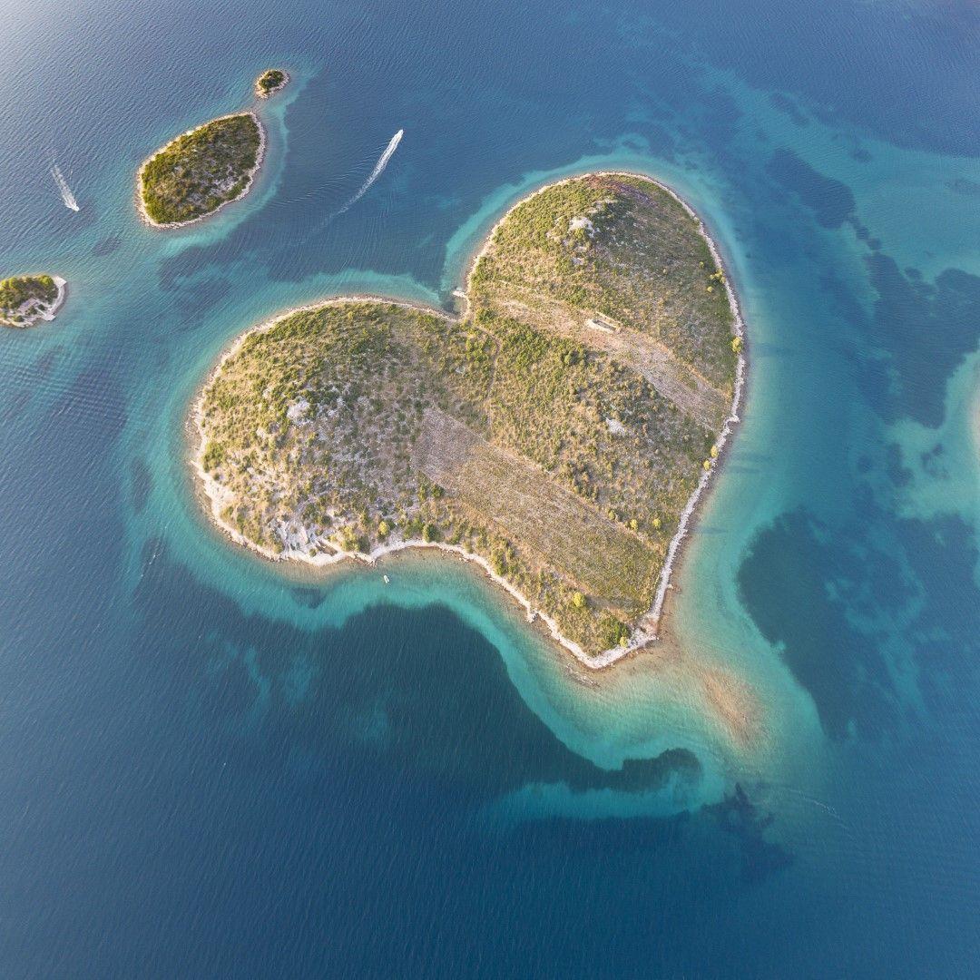 Остров Галешняк, Хърватия