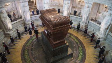 Франция отбеляза 200 години от смъртта на Наполеон Бонапарт