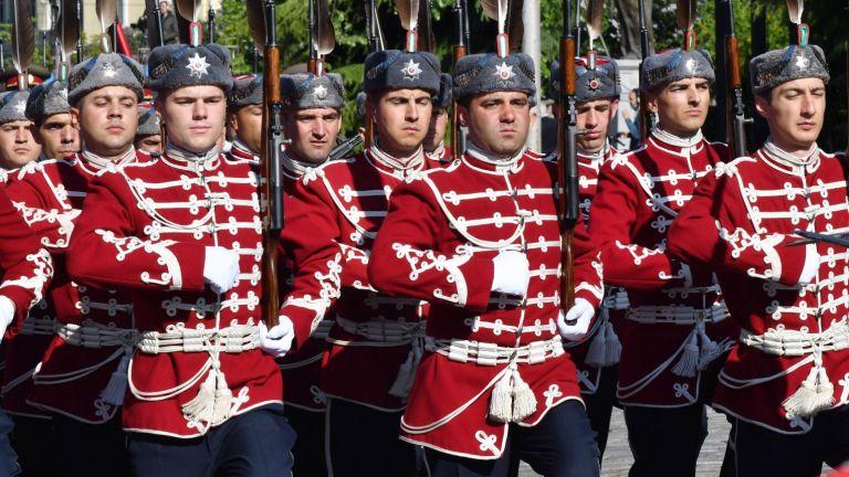България отбелязва Деня на храбростта и празника на армията