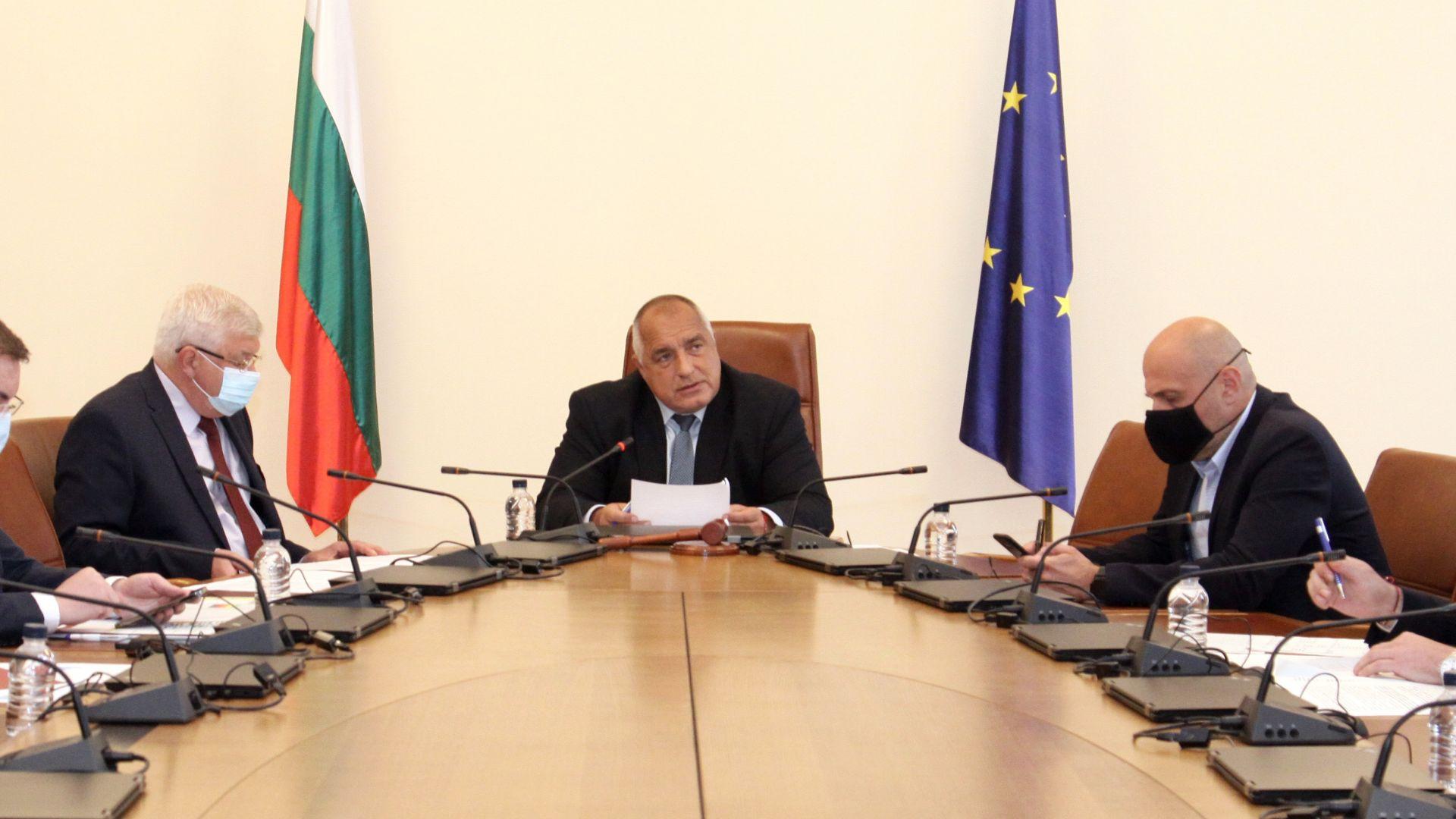 Борисов: НАТО е солидарна с България за Русия, Радев мълчи за Навални и шпионите