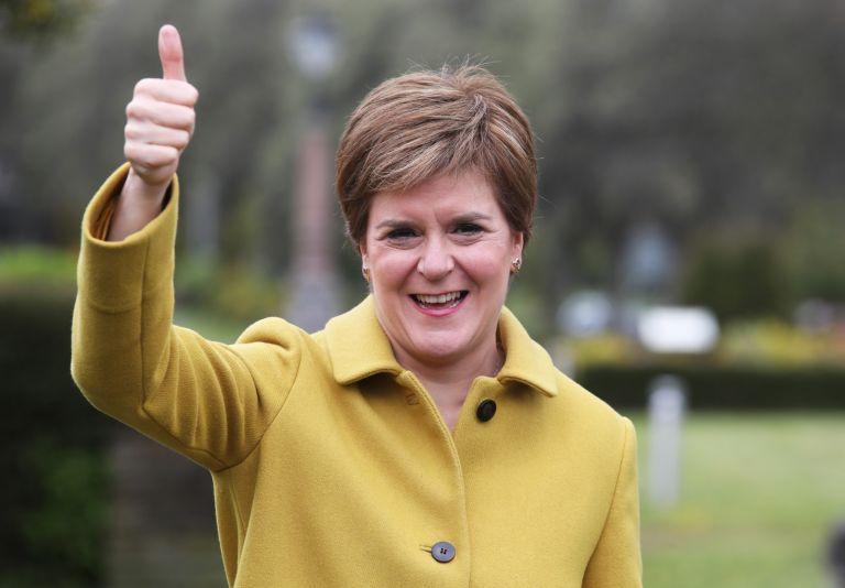 Първият министър на Шотландия и лидер на Шотландската национална партия Никола Стърджън по време на посещение в Северен Ланаркшир, Шотландия