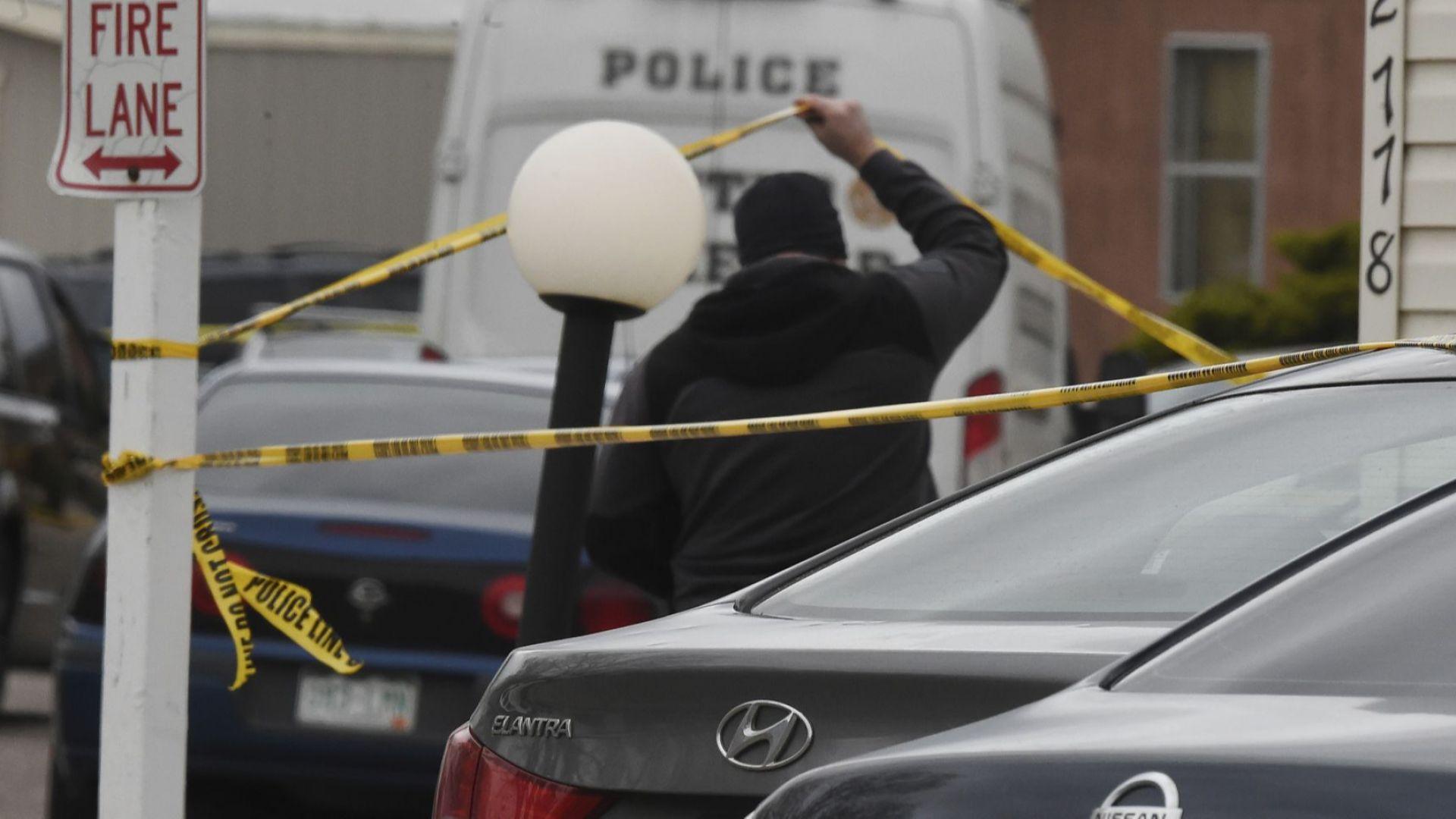 Американец застреля приятелката си, още петима души и се самоуби