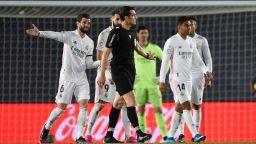 В Мадрид са недоволни: ВАР не стигна, за да бъде спрян Реал