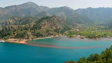 Турският плаж, по който можете да ходите по вода (на 20 км от Мармарис)