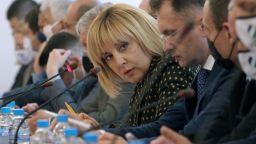 """Депутатите от комисията """"Манолова"""" се скараха и за ВиК сектора"""