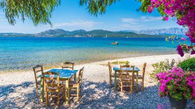 Гърция ваксинира населението на всички острови до края на юни