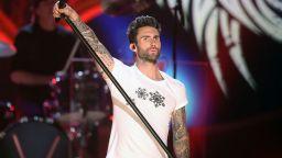 Maroon 5 издават нов албум