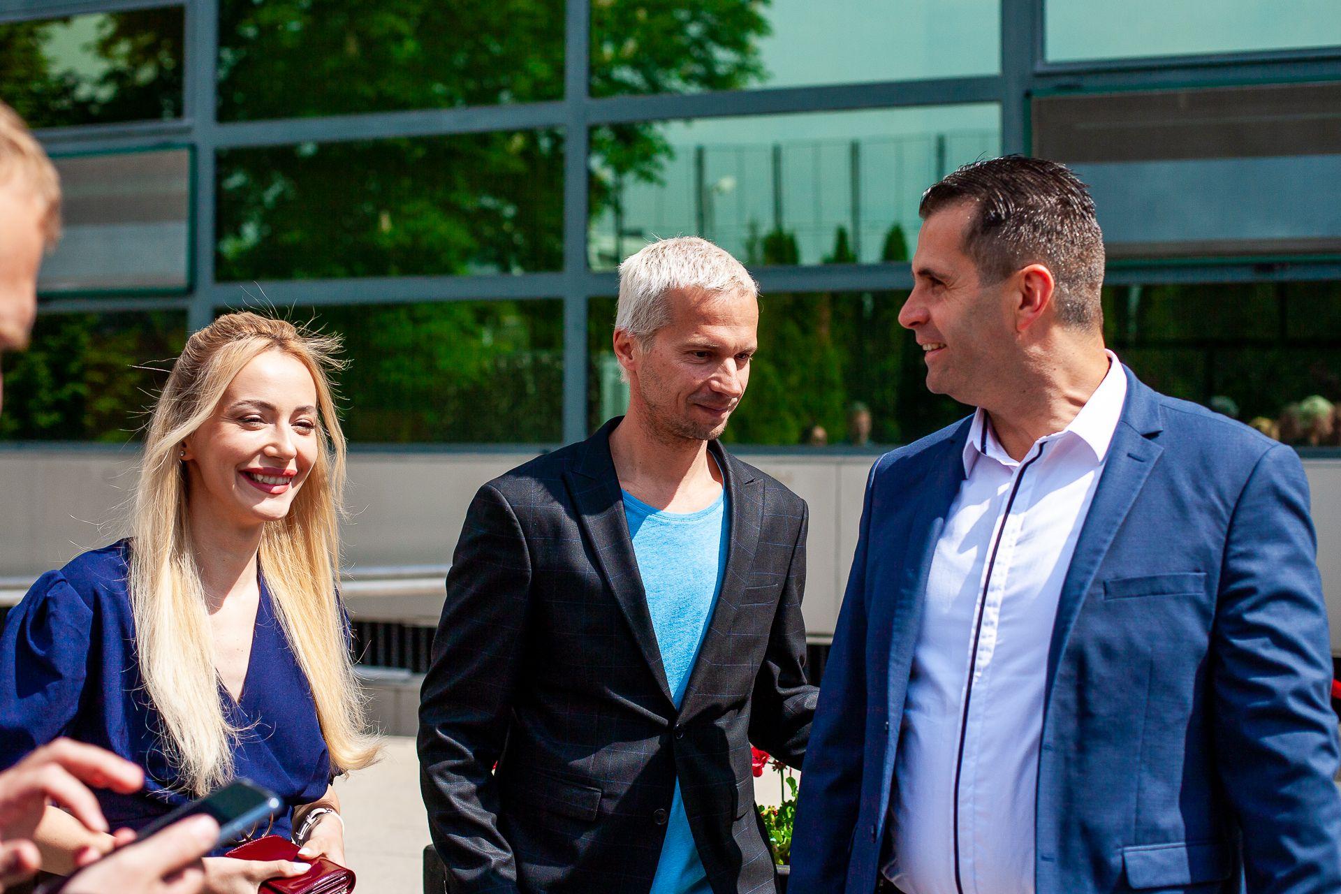 Ипълнителният директор с Део и Марина