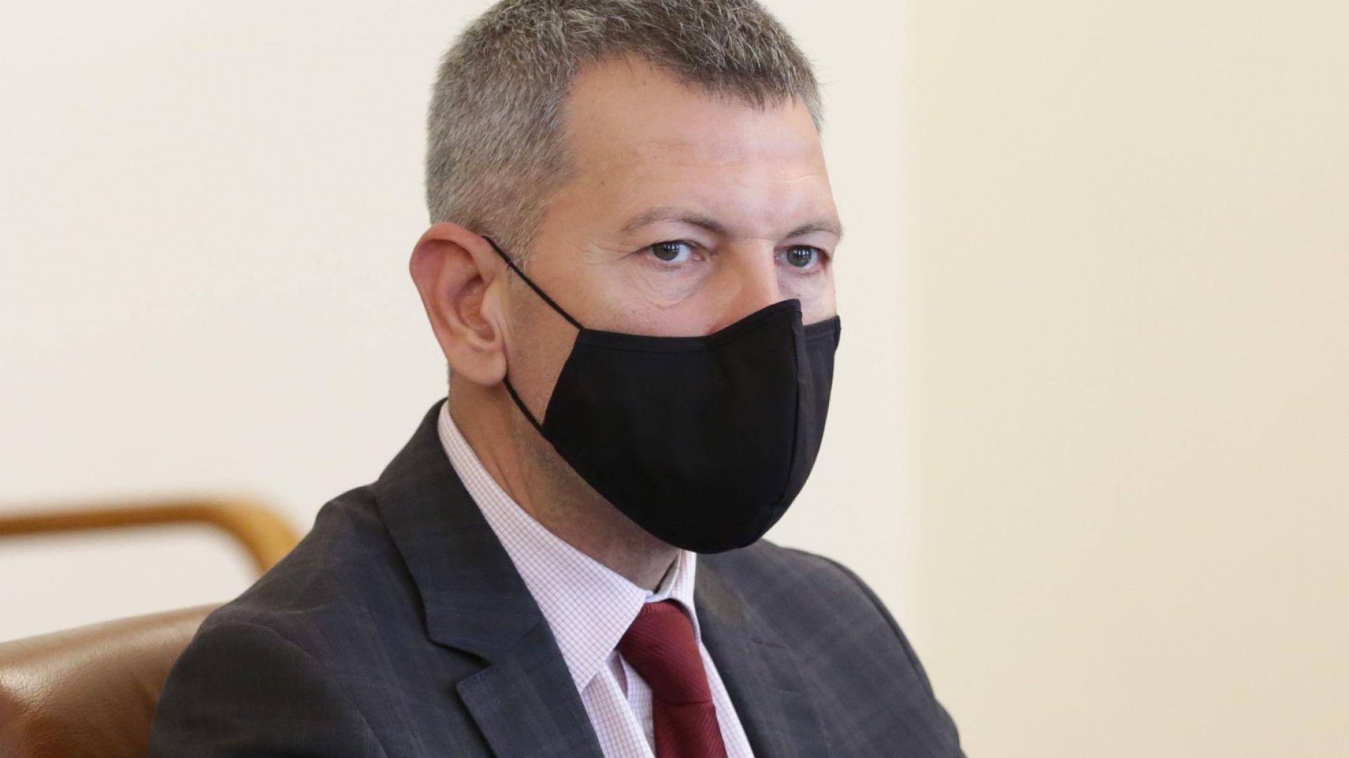 Транспортният министър уволни шефа на борда на БДЖ и изпълнителния директор