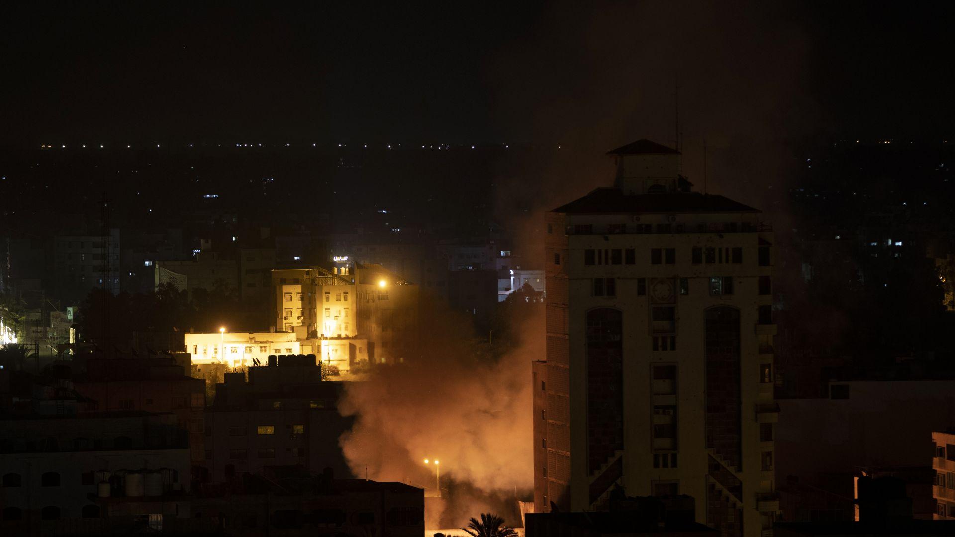 Ракетният обстрел между Израел и Газа продължава, дипломатите засега се провалят