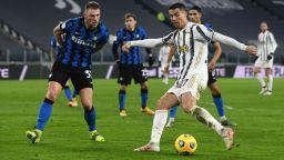 Италианска афера разтърсва футболния уикенд