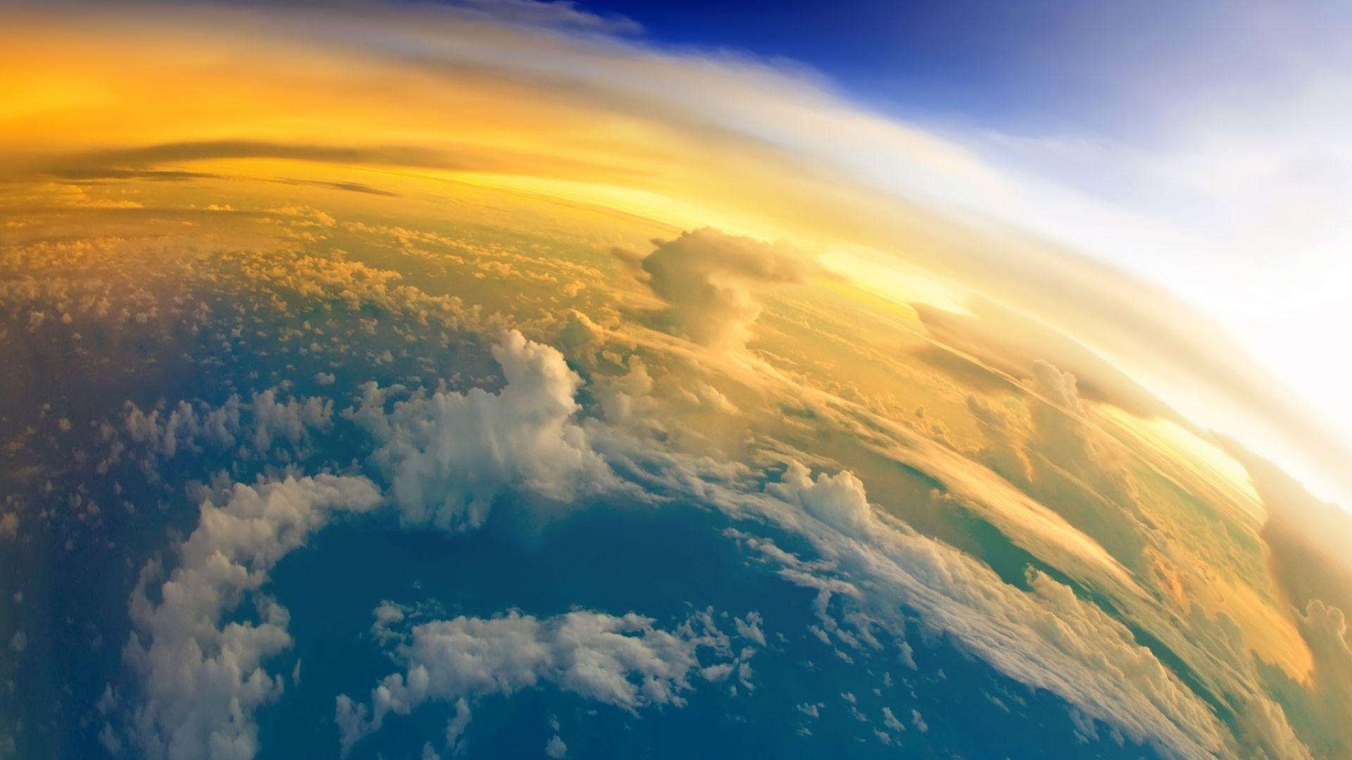 Ново изследване: Стратосферата се свива драматично