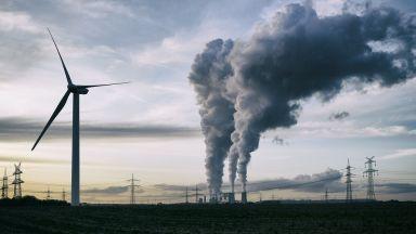 Не обединението с Гърция, а СО2-ефектът държи под напрежение пазара на ток