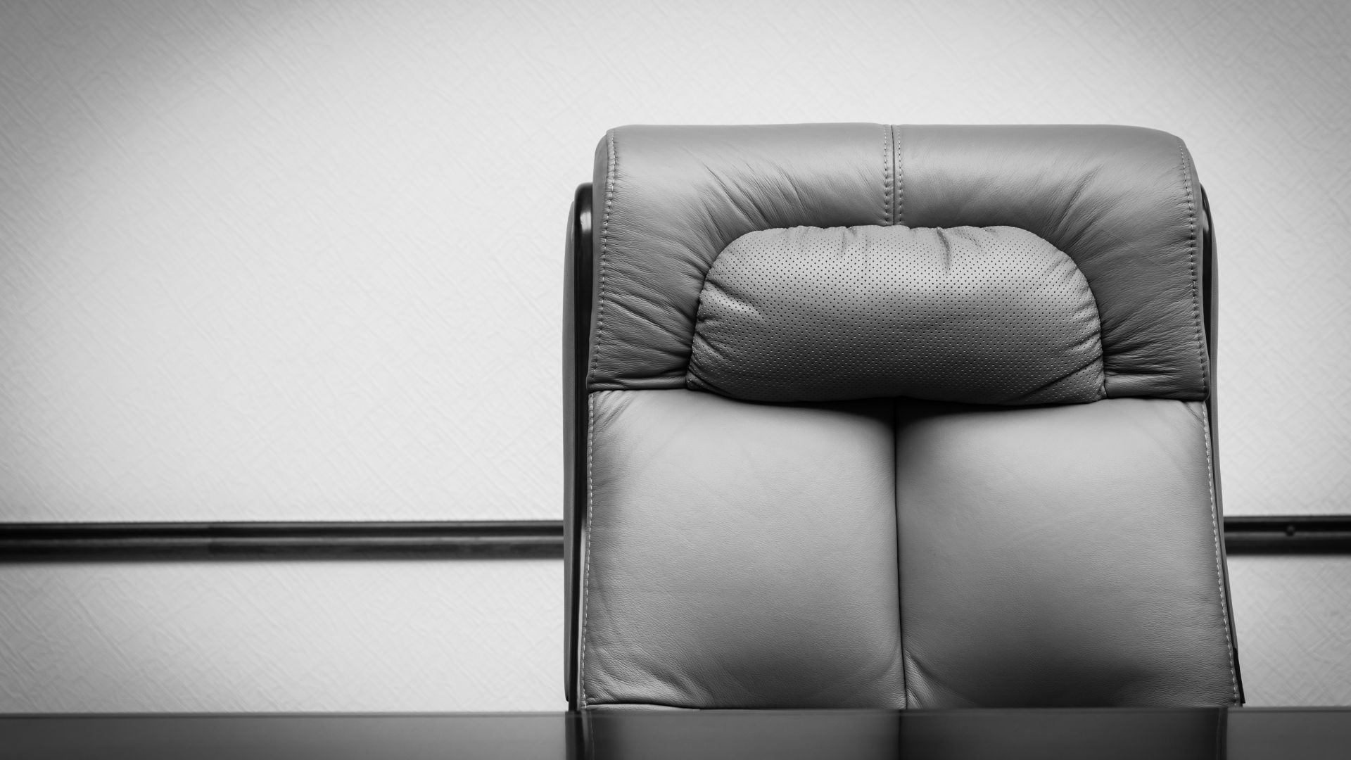 Уволнени зам.-министри в МОСВ тайно назначени за директори в министерството
