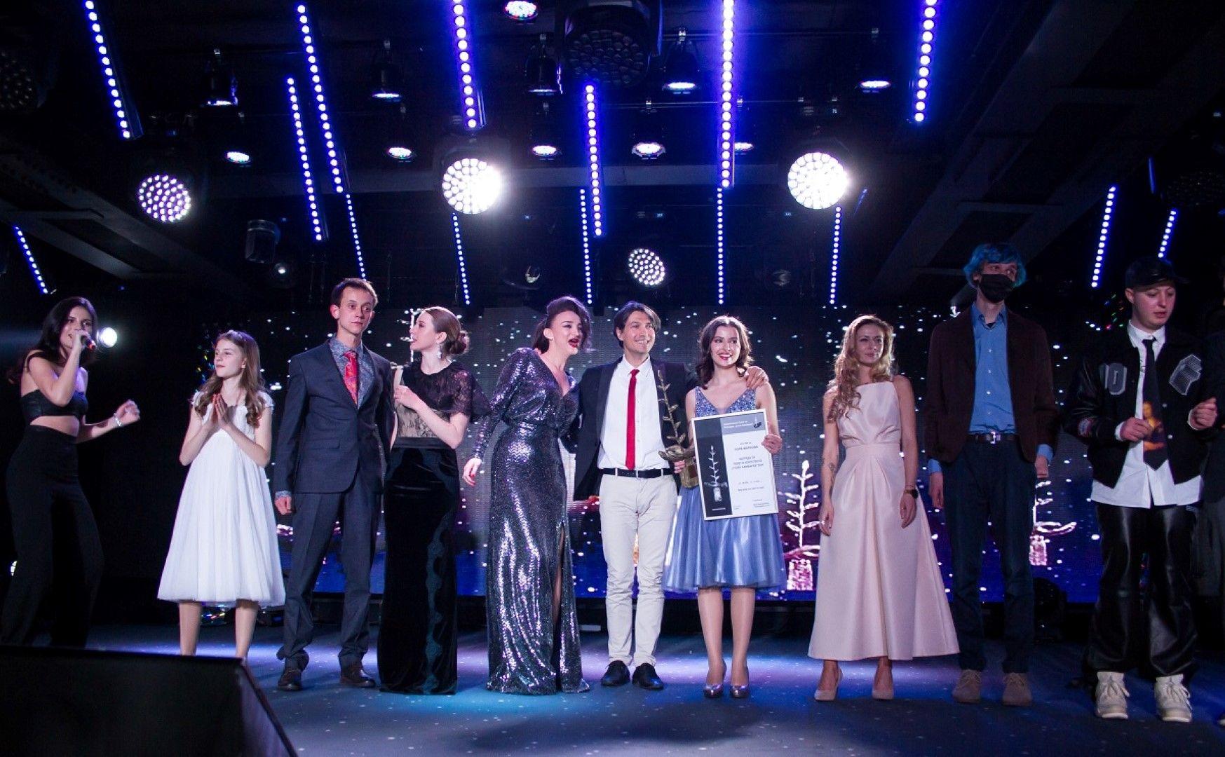 На финала на грандиозния спектакъл, който можете да проследите на 19 май от 22.00 часа по БНТ