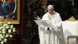 """Папата с предупреждение срещу """"спиралата на смъртта и разрушението"""" в Близкия изток"""
