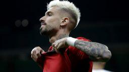 Милан наивно пропиля шанса си и ще гони дивото в последния кръг