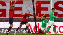 ПСЖ остана в играта за титлата след домакински провал на Лил
