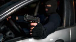 """Въоръжени преследваха цистерна по АМ """"Струма"""""""